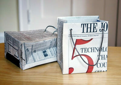newspaper-gift-bag-tutorial