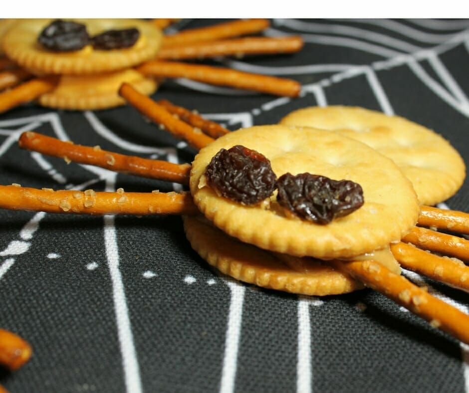 Halloween Treat Idea - Spider Crackers! Something not so sweet for Halloween Party.