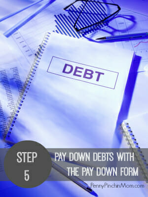 How to Use a Debt Pay Down Form   www.pennypinchinmom.com
