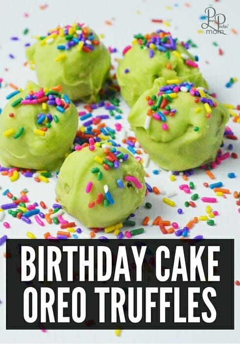 Birthday Cake Oreo Truffles - heaven in a little tiny ball! Perfect for kids birthday parties!!