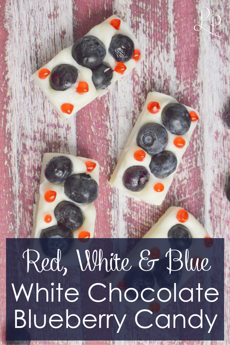 Red, white & blue white chocolate blueberry candy! Perfect for your Memorial Day or July 4th Picnic - super easy and FUN to make!