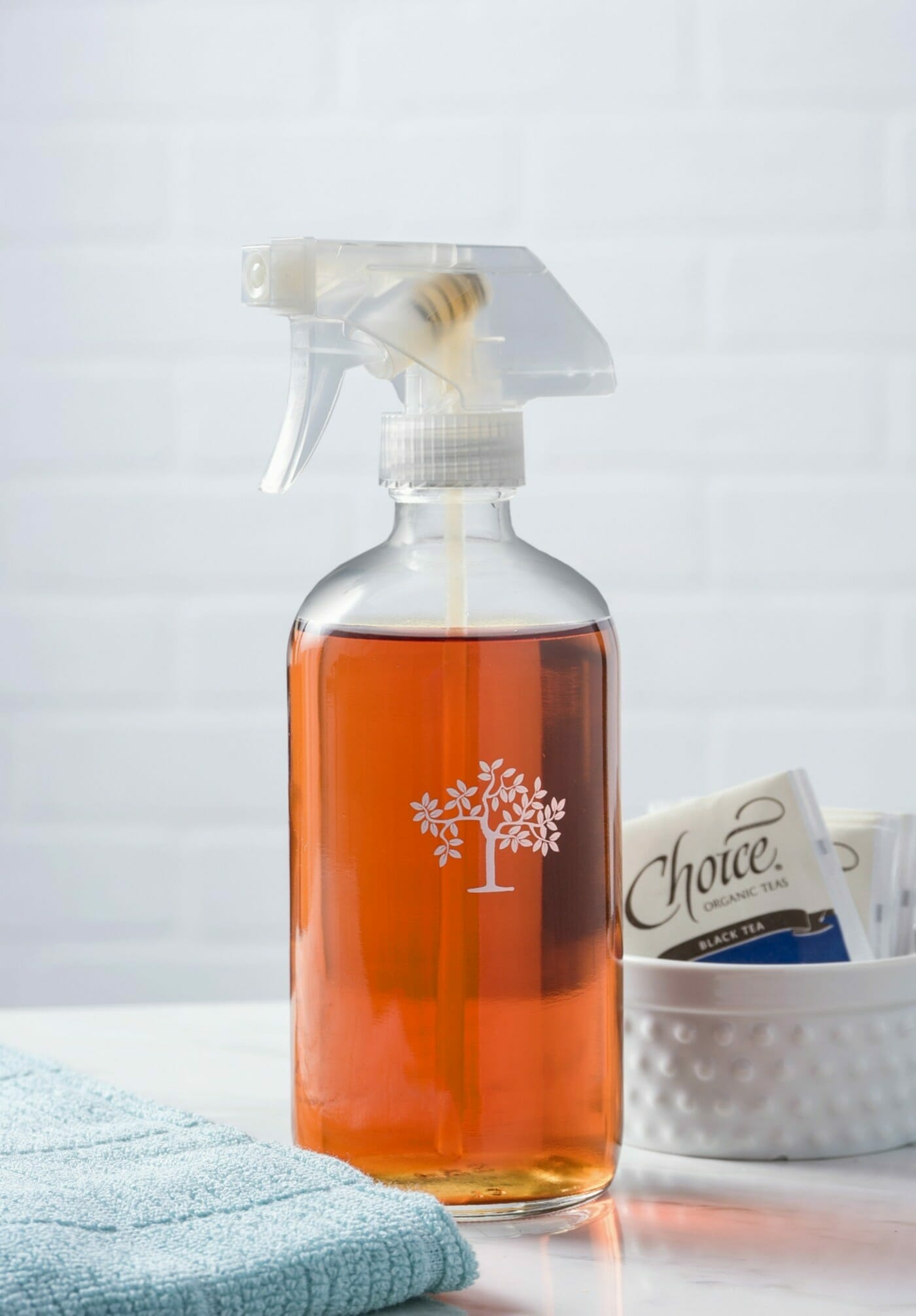 all natural window cleaner with two ingredients