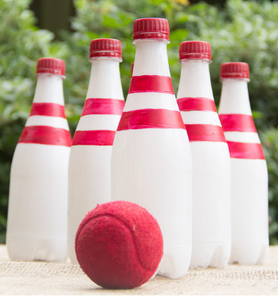 summer lawn bowling game