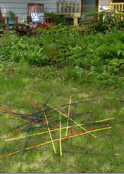 summer lawn games pick up sticks